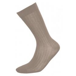 Κλασικές ανδρικές κάλτσες, μπεζ